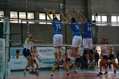 Volley: Castellana Grotte-Ortona