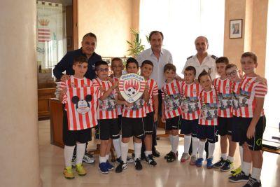 sindaco incontra giovani calciatori