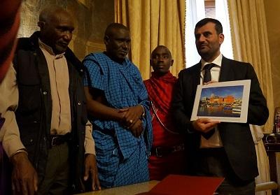 sindaco-riceve-delegazione-comunita-masai