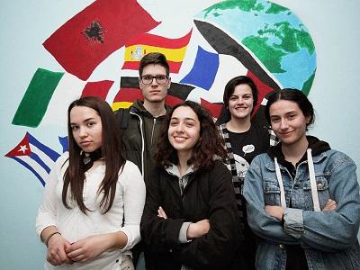 ragazzi albania