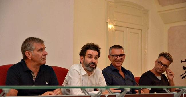 conferenza stampa equilibri di bilancio