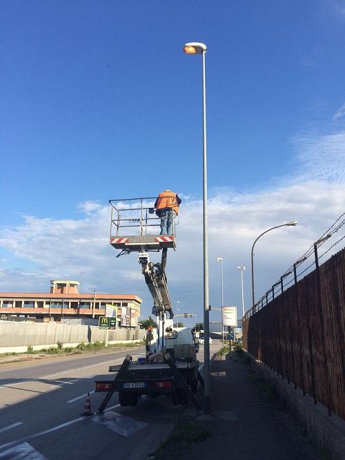 intervento manutenzione pubblica illuminazione viale europa