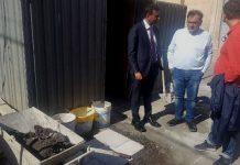 sopralluogo del sindaco a carbonara per avvio lavori di pedonalizzazione in piazza manzoni