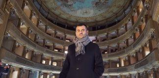 restauro teatro piccinni - decaro