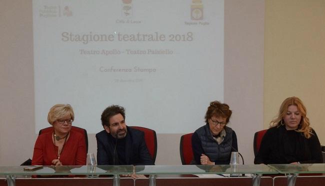 gruppo conferenza stampa