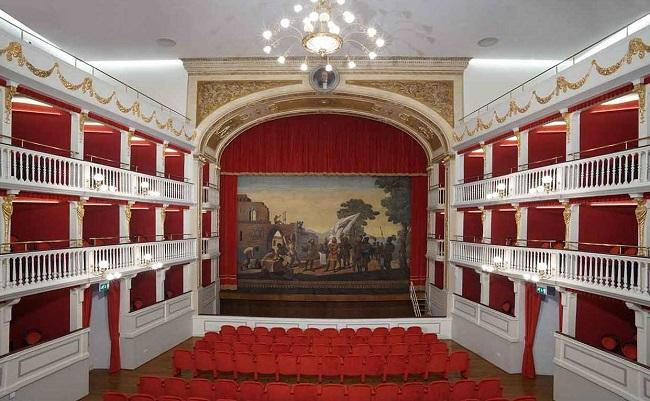teatro mercadante (altamura) sipario
