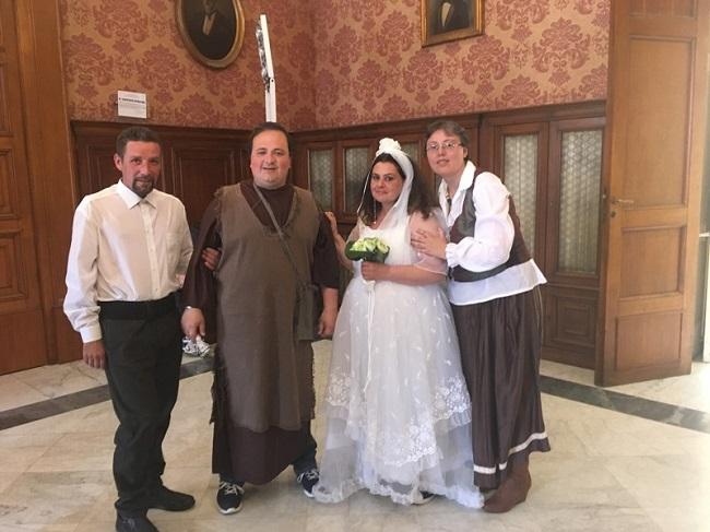 presentazione 'i promessi sposi' di amaltea con attori disabili psichici