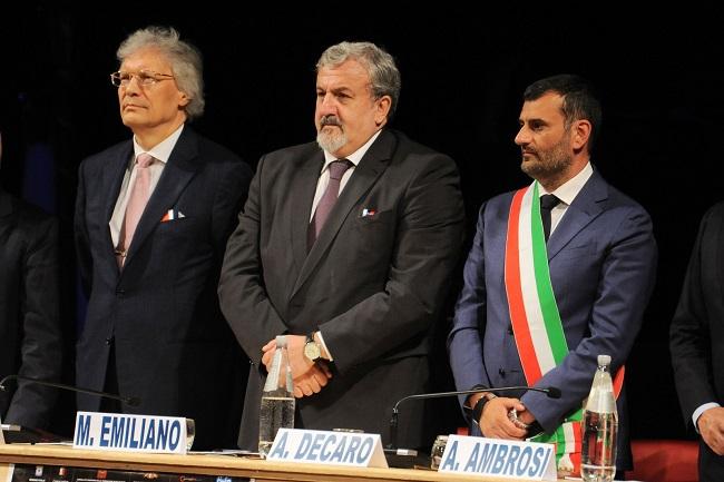 sindaco a cerimonia inaugurazione consolato onorario federazione russa