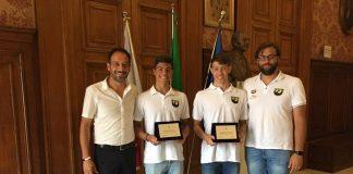conferenza premiazione nuotatori sport project