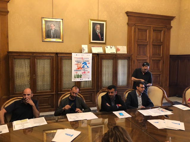 conferenza stampa l'acqua in testa 2018