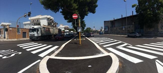 nuovo asfalto in viale di maratona e via papa giovanni XXIII