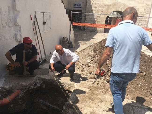 ripreso il cantiere per il rifacimento delle rete fognaria e idrica in strada annunziata