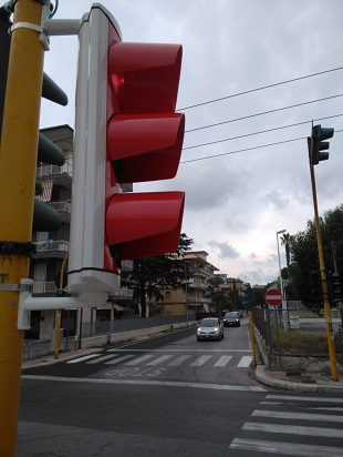 sperimentazione di nuovi semafori in alluminio