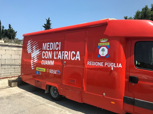 ambulatorio mobile per i migranti
