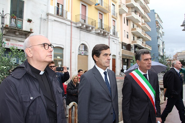 commemorazione crollo via roma