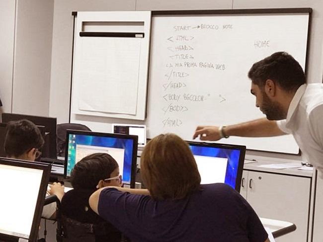 con il coding, qualche ora di gioia e scoperta per i bambini dell'ospedale di tricase