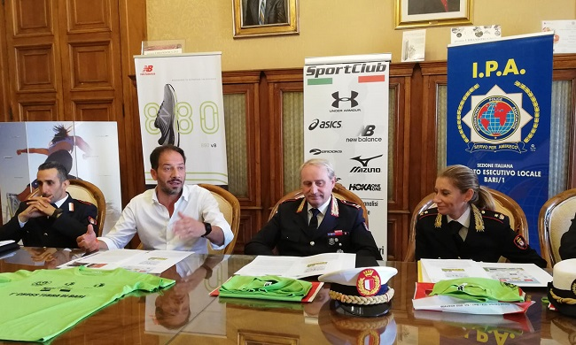 conferenza stampa cross