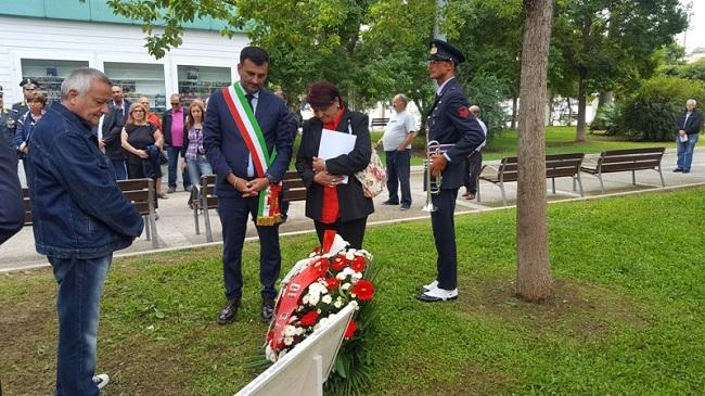 decaro a commemorazione gaetano marchitelli nel 15° aniversario dell'omicidio
