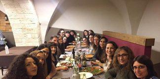 la seconda divisione femminile in pizzeria con mister antelmi