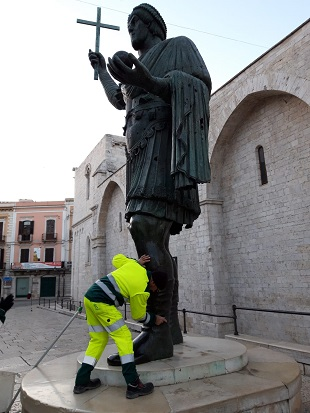 interventi di pulizia canale via scuro e statua di eraclio