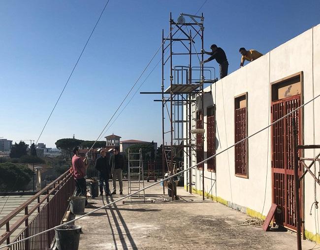 lavori in corso su lastrico solare scuola galilei