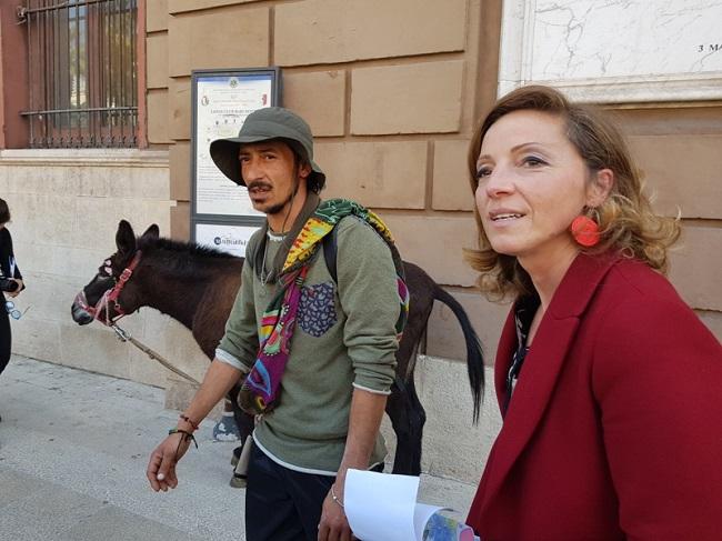 assessora bottalico incontra viaggiatore per la pace