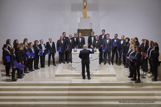 concerto del coro polifonico il gabbiano per la riapertura al pubblico del nuovo altare