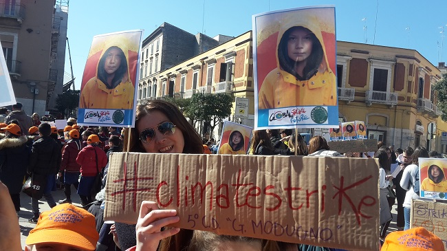 'global strike foro future', manifestazione anche a barletta