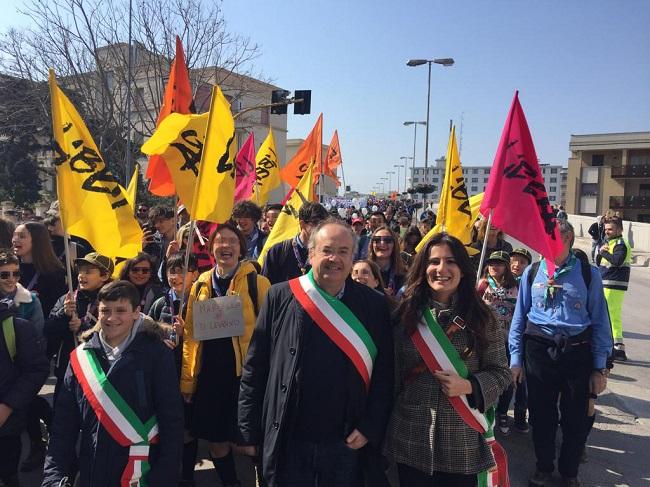 l'assessora romano alla marcia di libera nelal giornata della memoria