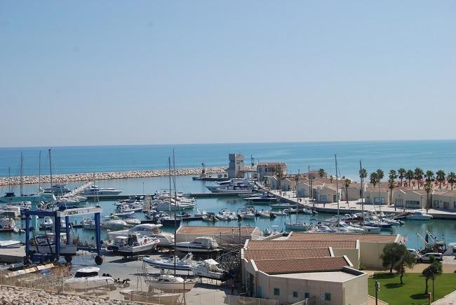 porto turistico rodi garganico