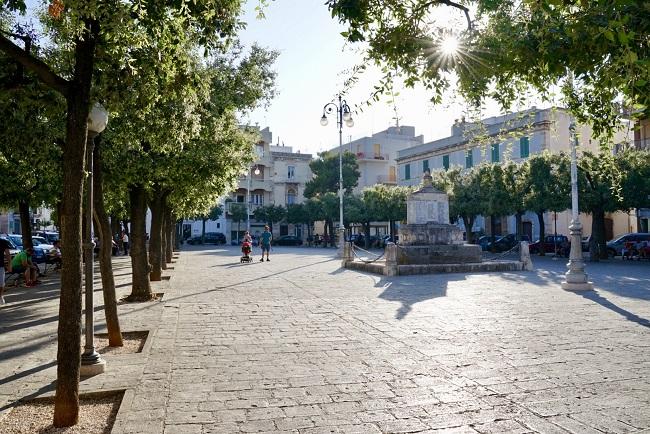 piazza garibaldi castellana grotte