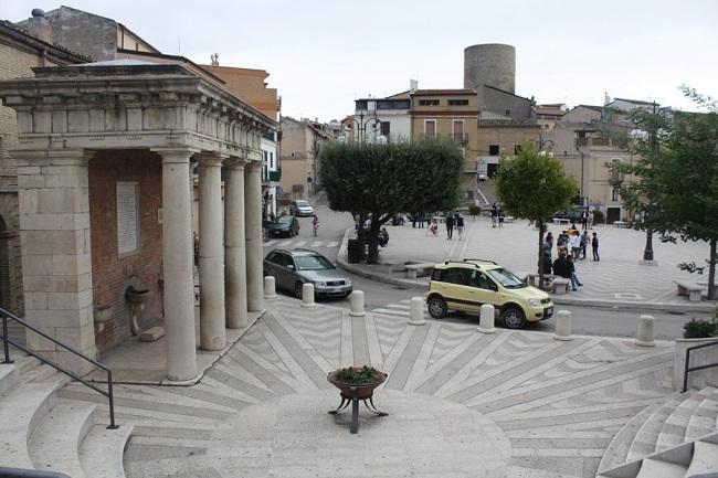 biccari fontana anfiteatro e piazza