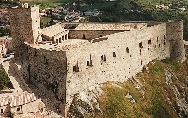 castello deliceto
