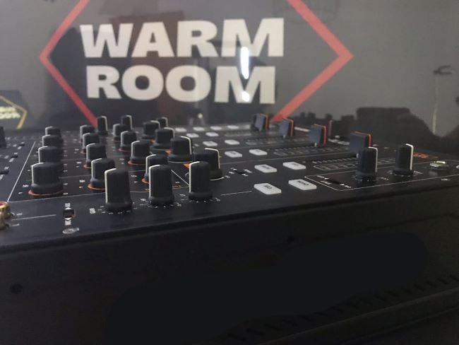 warm room mixer
