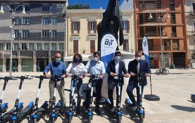 presentato il sevizio di monopattini sharing con 500 dispositivi della bit mobility