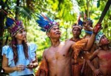 vanesa, miss pogress international 2019, con gli indigeni yagua in amazzonia