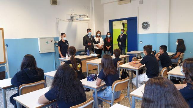 il sindaco all'inaugurazione dell'anno scolastico della massari galilei