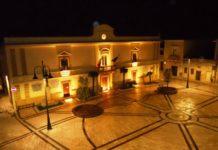 villa castelli (piazza di sera)