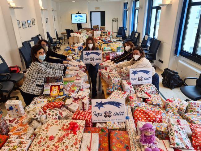 i dipendenti della sede inps di bari effettuano una donazione solidale in favore della Casa della bambine e dei bambini