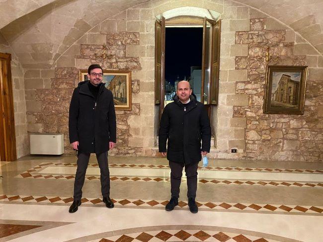 il capo di gabinetto del presidente della regione puglia in visita a villa castelli