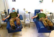 donazione del comandante di reggimento e del dirigente del servizio sanitario del reparto