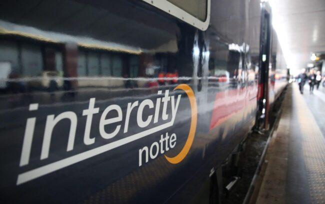 Treno Intercity Notte