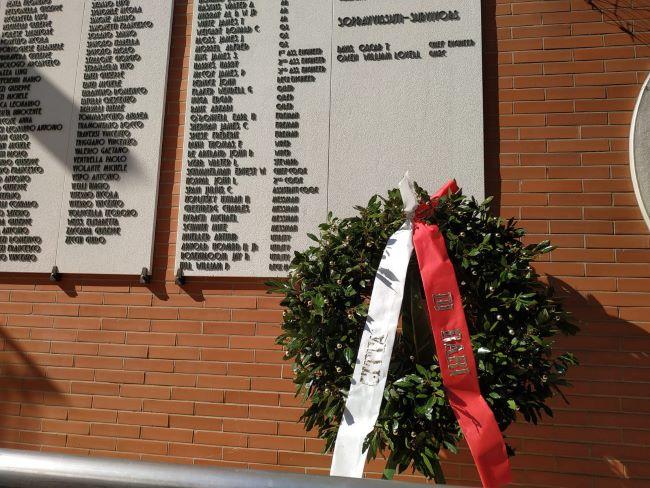 corona d'alloro 75 anniversario esplosione nave henderson