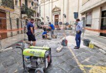 avviati i lavori di sistemazione delle basole in via boemondo a bari vecchia