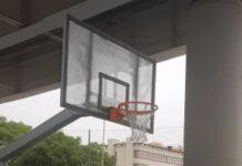 sostituiti i due canestri del campetto da basket sotto il ponte adriatico