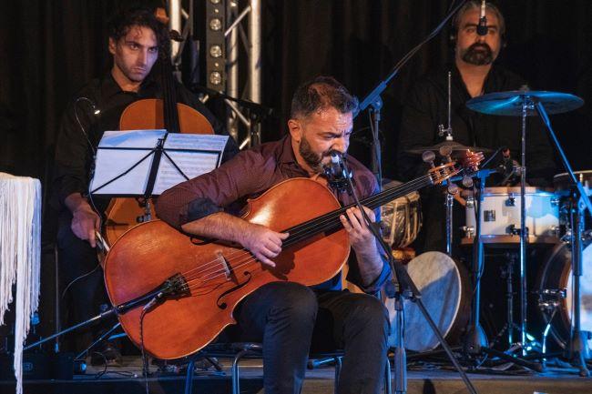 redi hasa - the stolen cello