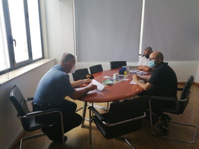 riunione con le forze dell'ordine