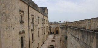 attraverso il castello - lecce