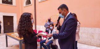 cerimonia di consegna di 28 borse di studio a figli dei dipendenti amiu