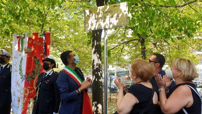 cerimonia di intitolazione del giardino di viale kennedy alla memoria di monica dal maso